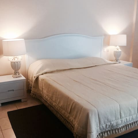 Romantic White Suite in Central Square Argostoli - Argostoli
