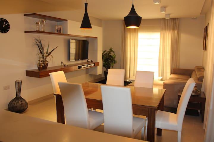 Designer Apartment in the heart of Bugibba