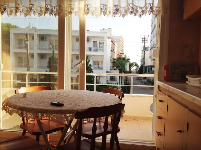 Seaside Family Apartment in Ayvalik Sarimsakli - Ayvalık - Byt