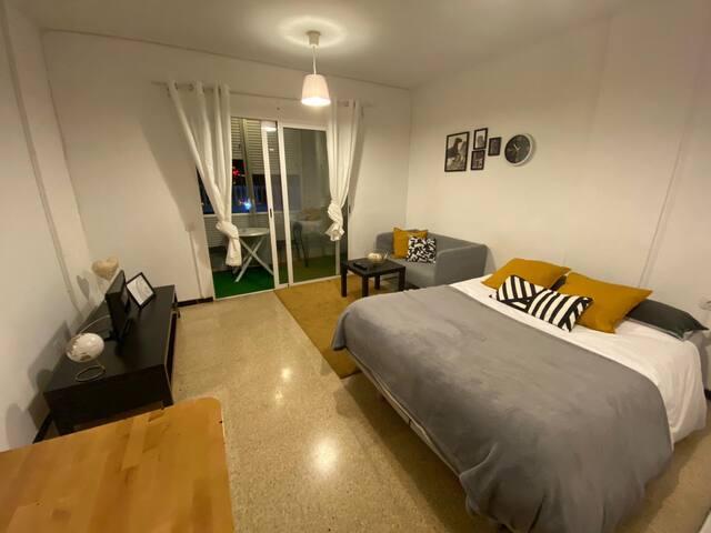 Apartamento con WiFi, a solo 400 m de la playa