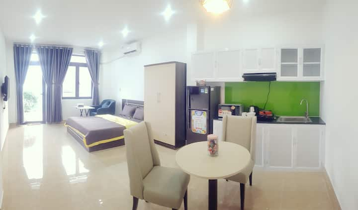 The apartment has a balcony - Min Thao Dien 302