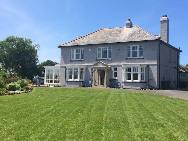 The Old Vicarage St Columb Minor