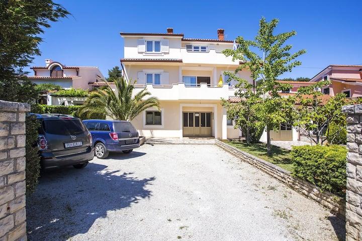 Apartment Emil 2+2