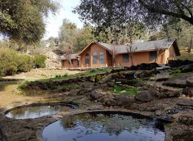 Peaceful home near Yosemite & Bass Lake!