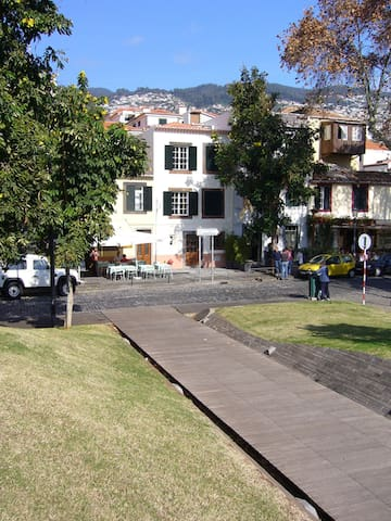 Funchal Sea View Apartment (Zona Velha / Old Town)