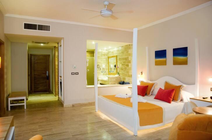 50% off All-Inclusive Beachside Suite