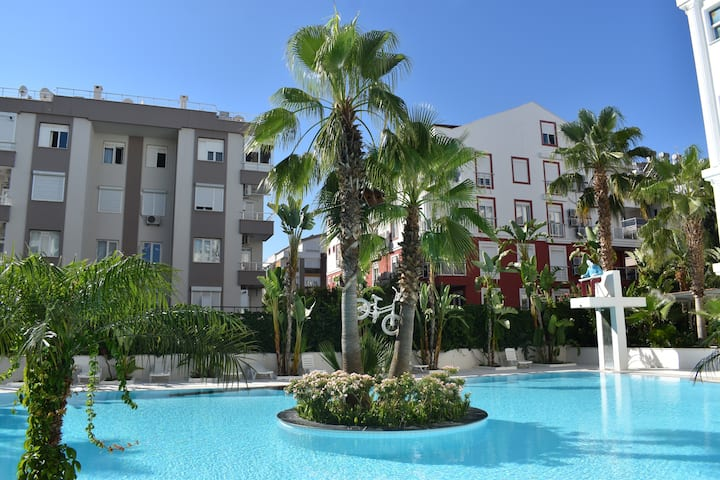 Apartment with pool in Antalya Konyaaltı HUN CLUB