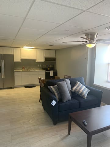 One Bedroom Apartment - Downtown Logansport