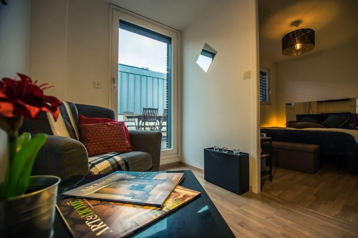 Chambre privée Bon Standing Avec terrasse Privée