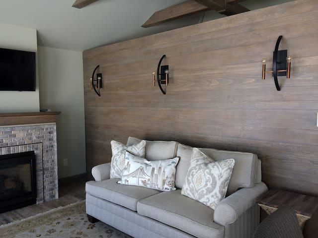 1 BR Cottage on Skaneateles Lake 400 sq ft