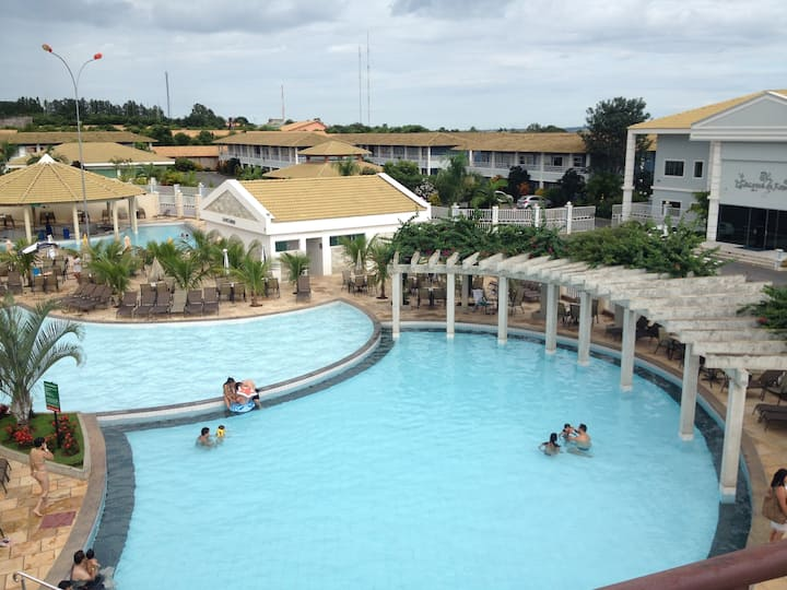 Apartamento Lacqua diroma 1 com parque aquático