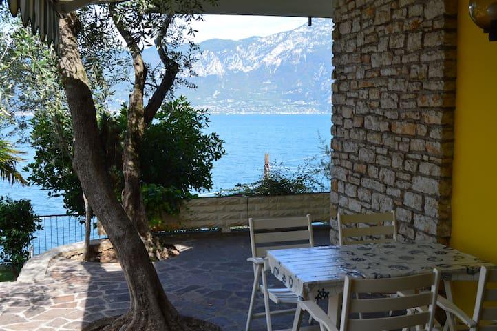 appartamento fronte lago - Brenzone sul Garda - Lägenhet