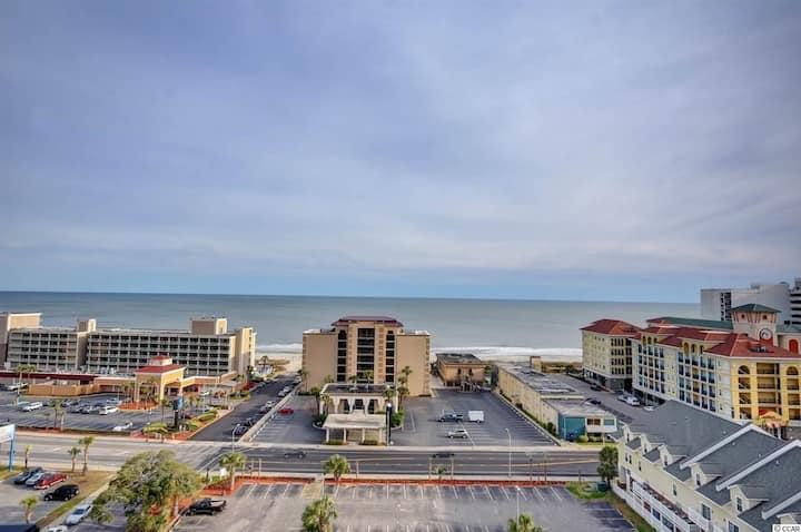 Spectacular Oceanview 3 Bdrm/2 BATH Condo!