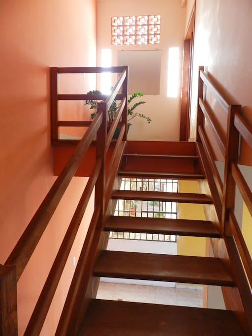 Acesso pela escada