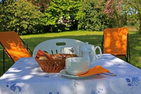 Top 20 B&B et Chambres d'hôtes à Erquy - Airbnb Erquy: b&b erquy ...