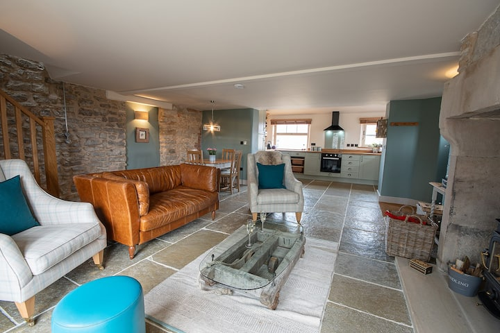The Old Farmhouse, 2 bed luxury cottage