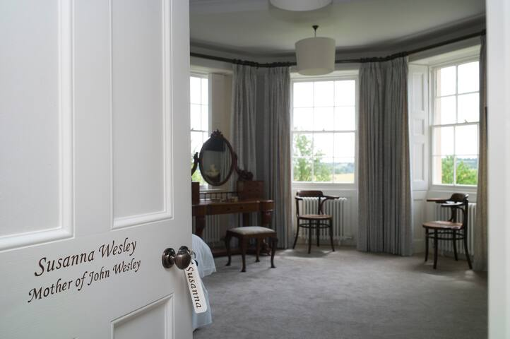Lovely King sized Double or Twin room - Ensuite
