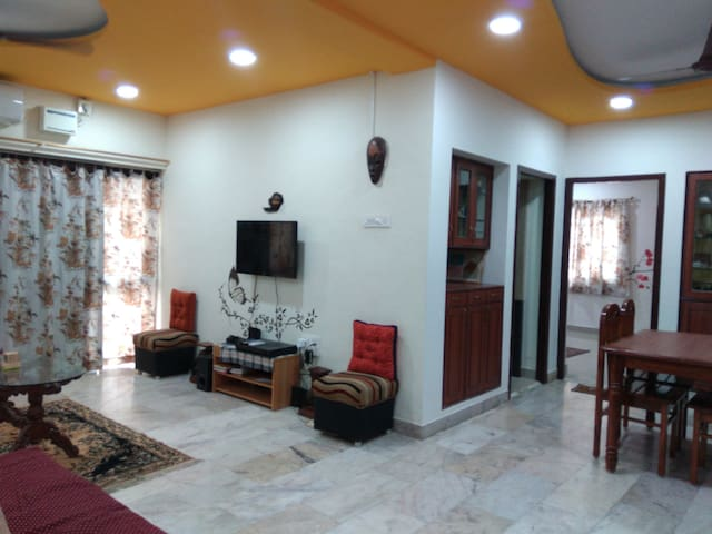 VIP FURNSHD 3BEDROOM  APARTMNT US CONSULATE APOLLO - Chennai - Apartamento