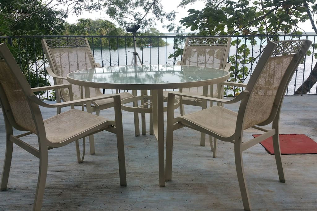 The dining table on the terrace