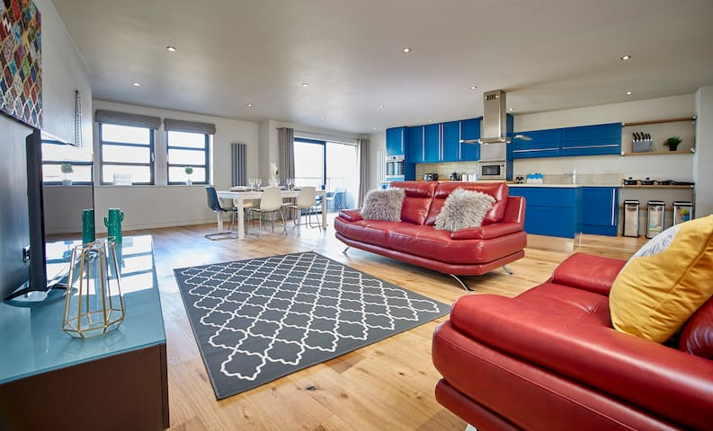 #5*LUXURY #Huge #CityCentre #RiverBalcony #Parking - York - Apartment