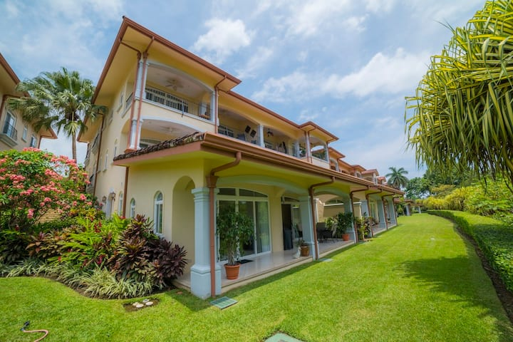 2Bedroom Condo w/ golf course view,  Los Sueños