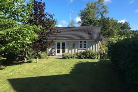 Cosy guesthouse/Gemütliche Gästehaus Ebeltoft, DK