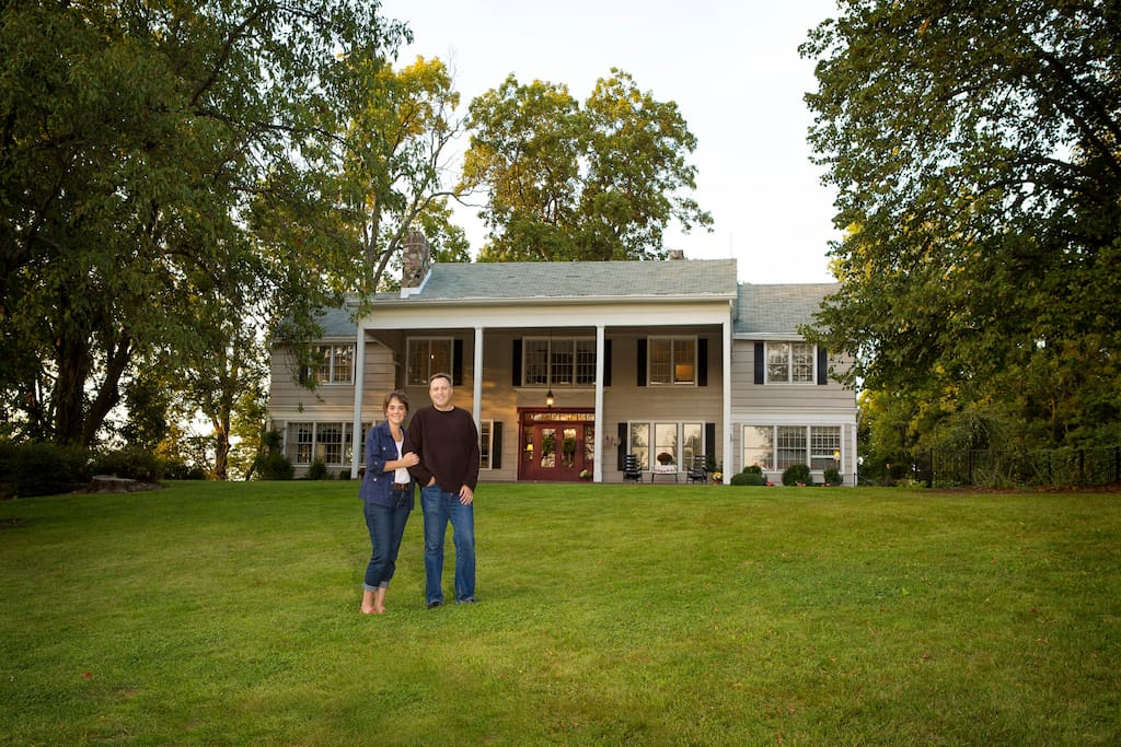 The Colonial Manor Bed and Breakfast Inn