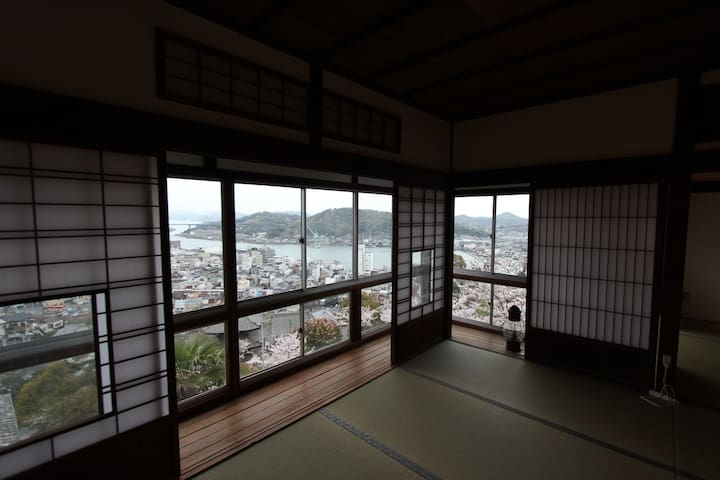 Shared Room w/view of Onomichi channel - Onomichi-shi - 別荘