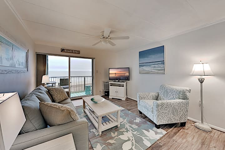 Updated Oceanfront Constellation House Condo