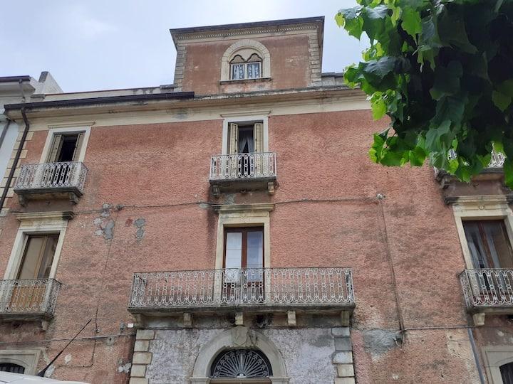Appartamento in palazzo storico a Fuscaldo Marina