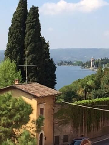 BILOCALE IN B&B AGORÀ - GARDONE RIVIERA - Gardone Riviera - Bed & Breakfast