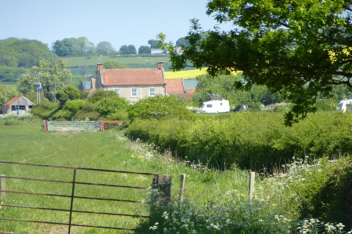 Farmhouse B+B near Pickering