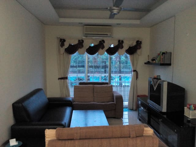 Relaxing Place to Stay - Seri Kembangan - Flat