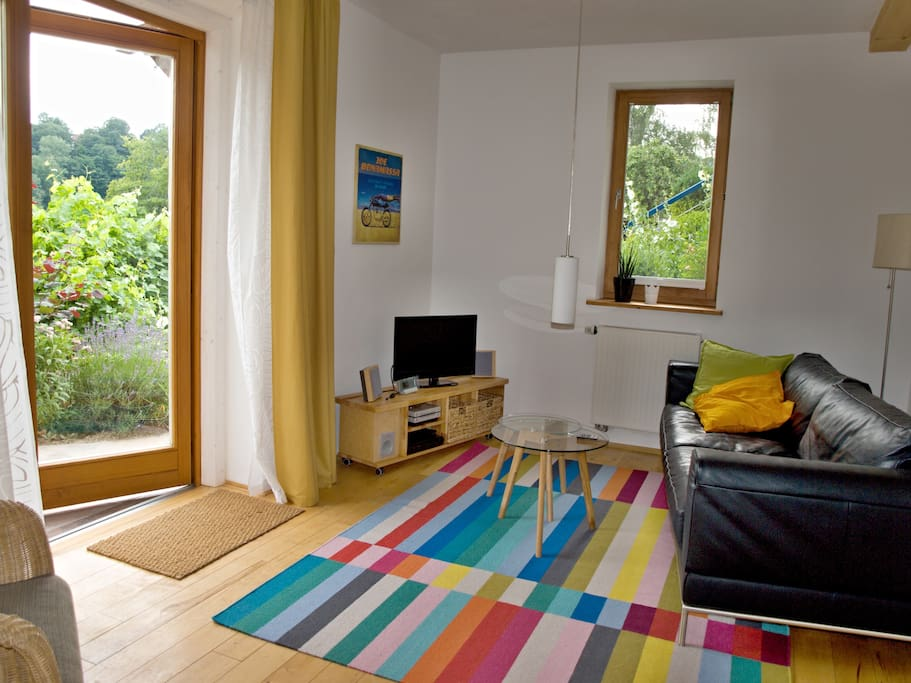 Wohnzimmer / eigener Eingangsbereich