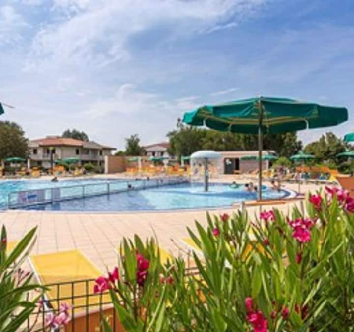 Villa for 3+2 persons in Caorle R102399