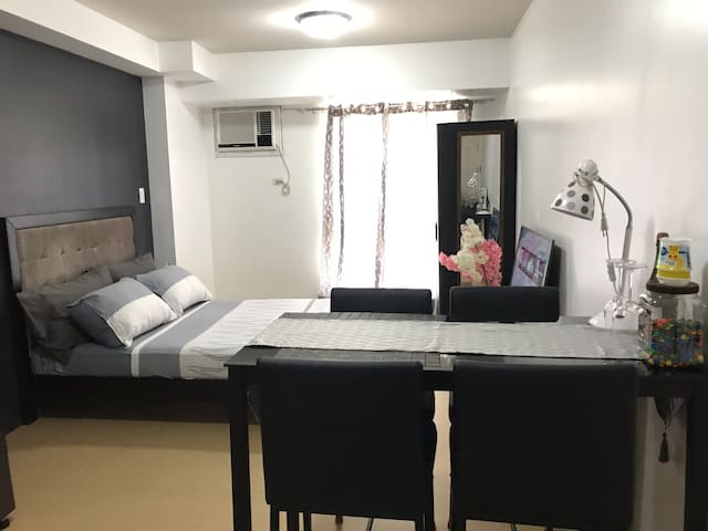Cozy Condo in Avida Towers Cebu IT Park