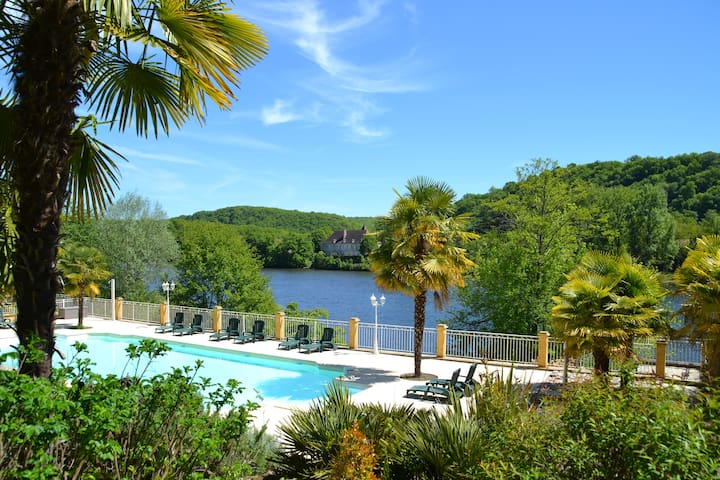 Family-friendly holiday rental with a riverview - Lalinde - Casa