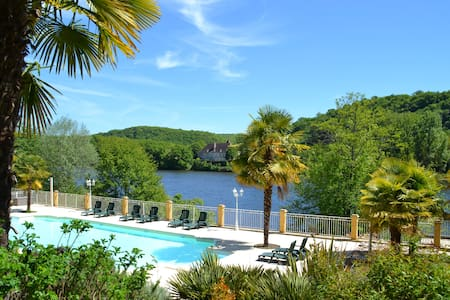 Family-friendly holiday rental with a riverview - Lalinde - Σπίτι