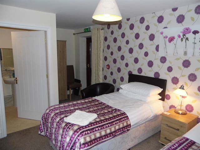 Double room 2  at Clerk Laithe Lodge