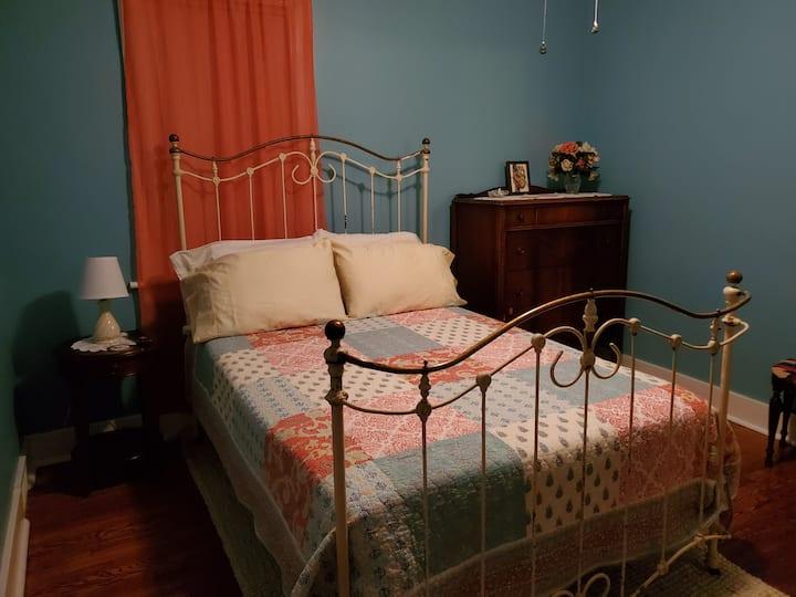 Cozy room in quiet suburban setting