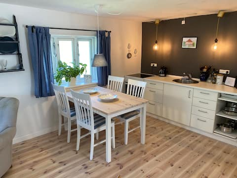 Guesthouse in oude dorpsschool