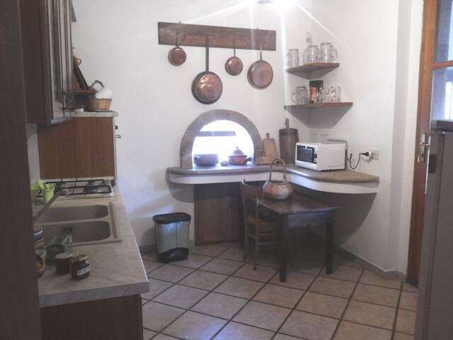 Cucina - vista soggiorno