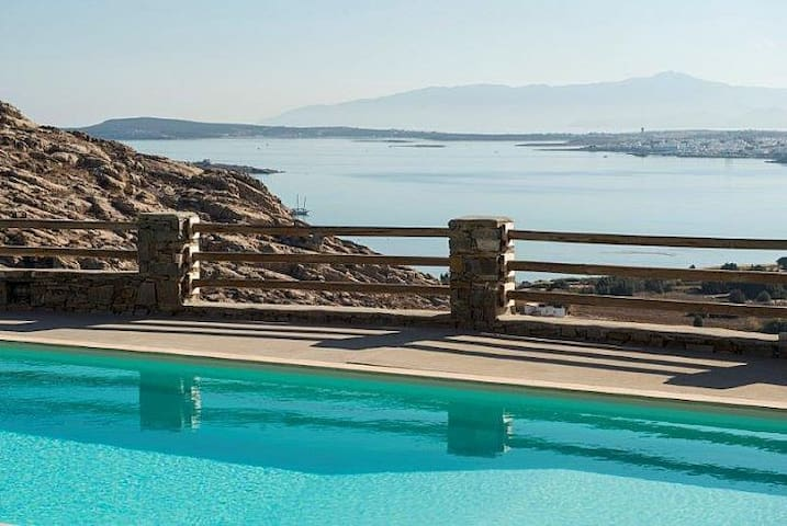 Lure into Paros World of Bliss and Tranquility - Kolimpithres - Villa