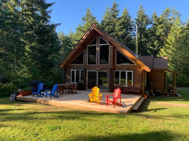 10 Acres Treed Wilderness-HornbyIsland-Great Cabin