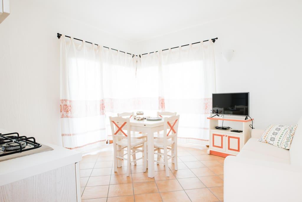 Living room con angolo cottura