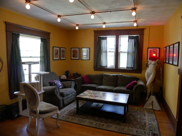 Funky home in the heart of REO Town!