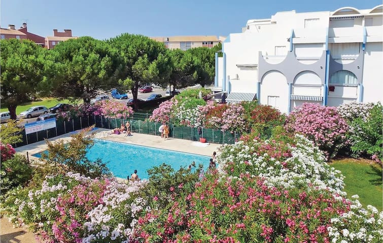 Holiday apartment with 1 bedroom on 25m² in Le Grau du Roi