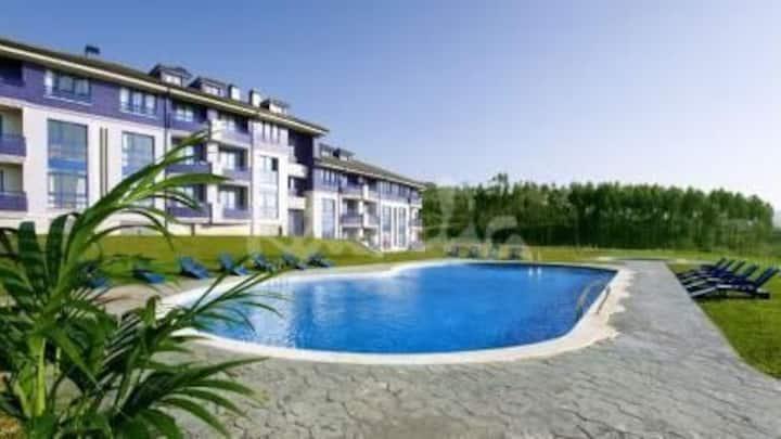 Apartamento 2 hab. Piscina, 10 min playas Liencres
