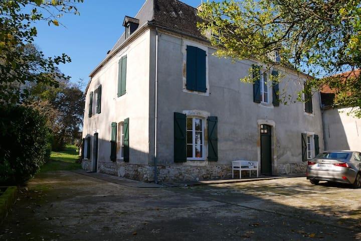 Studio tout confort au Béarn des Gaves