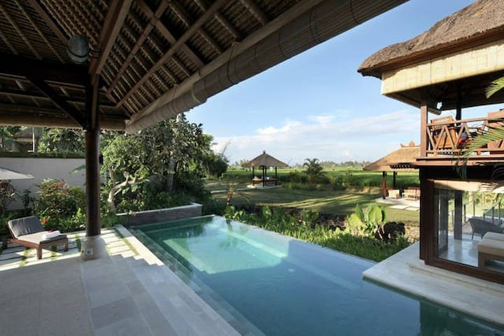 EAT amazingly PRAY at sunset LOVE our Bali home